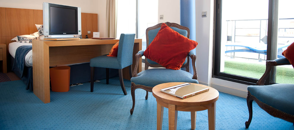 Hotel westside arc de triomphe hotel paris chambre luxe 2 for Chambre de luxe