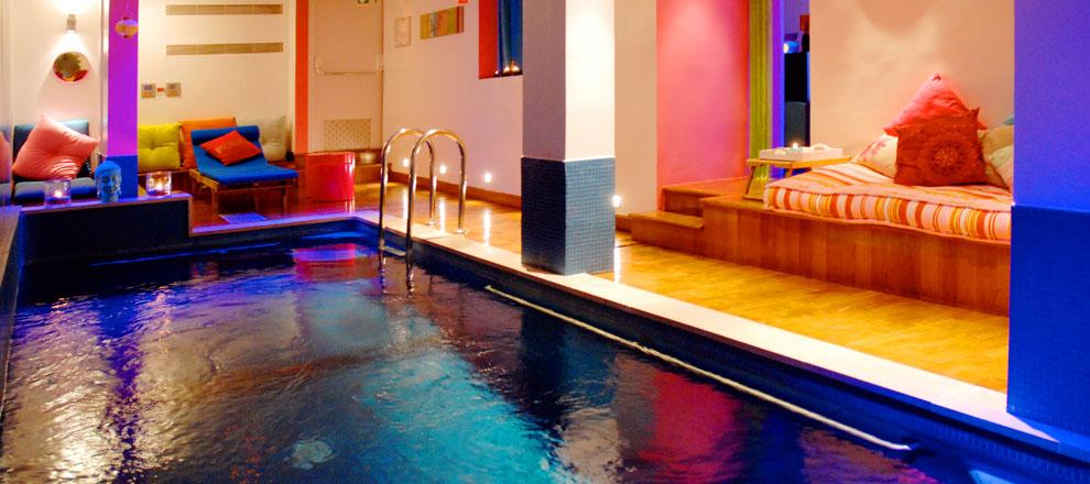 Hotel westside arc de triomphe hotel paris piscine for Piscine sauna paris